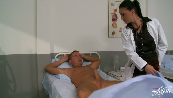 Nurse Sucks Patients Cock