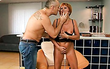 Filthy mature mom Mabel is getting fucked hard with sex machine