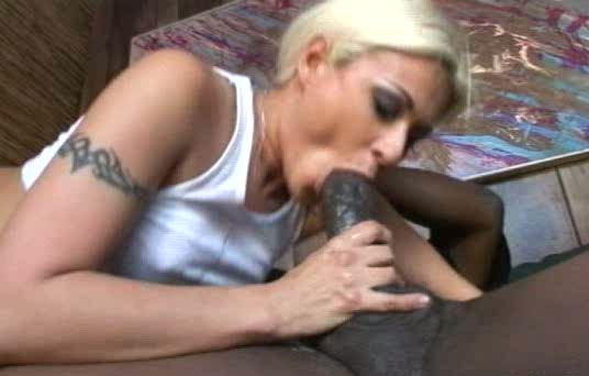 Huge blond deepthroat