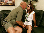 Sex-starved bimbo gives a nice blowjob to an old man