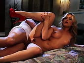 Sexy blonde Alexis Texas gets her muff fucked in sideways position