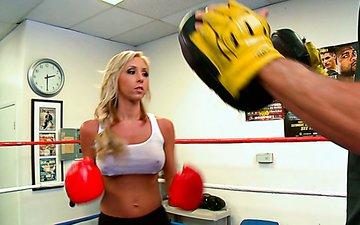 Nasty blonde Jessica Lynn gets her big boobs sucked by trainer