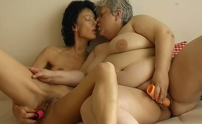 Big tit milf 3some
