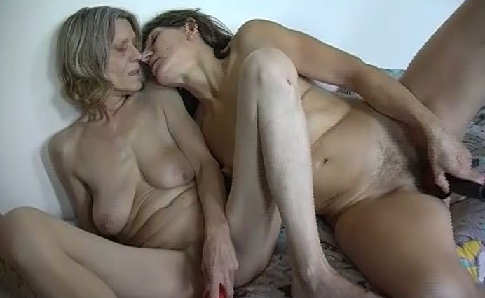 Two strippers love getting fucked 2