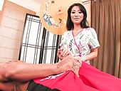 Sexy Asian masseuse Asa Akira gives hot blowjob to her patient