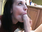 Sex insane chick gets her muff finger fucked and blows juicy cock