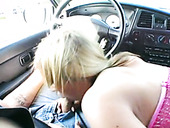 Perverted slim Jessi Summers provides dude with blowjob in the car
