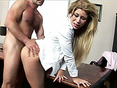 Hot tempered boss fucks and licks pussy of sex appeal secretary rig on the table