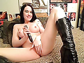 Jade Starr looks hot in her knee high boots and she knows how to masturbate