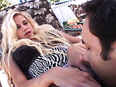 Stunning blond whore sucks huge pole and gets her cunt fucked outdoor