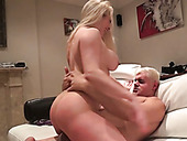 Bootyful Blonde Nympho Victoria Summers Enjoys Facesitting Time