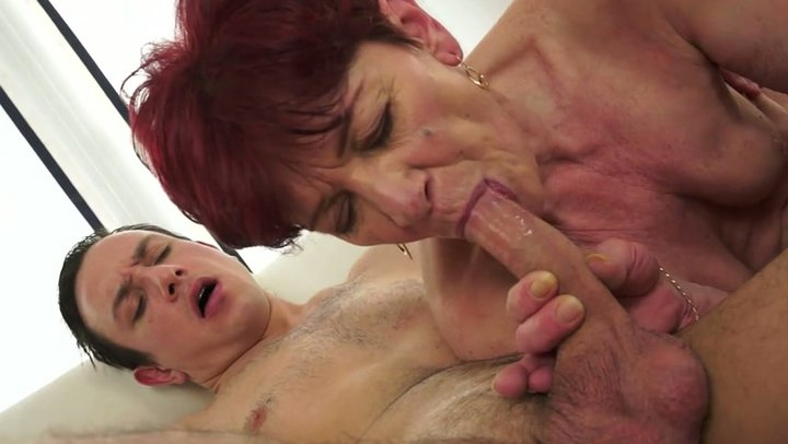 Mature maid slave tube