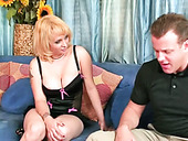 Mature slut Sophia gives great blowjob to salesman