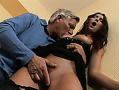 Whorish brunette chick pleases grey haired stud with steamy BJ
