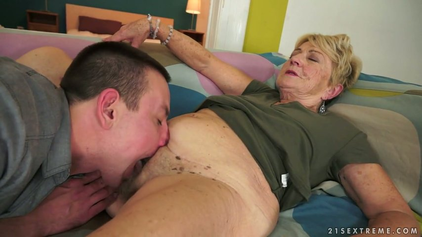 Sex starved granny slut videos