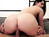 Ass of Kittina Ivory looks fucking hot in cowgirl pose