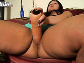 Plump whore Cora Kitty fucks her fat muff with big sex toy