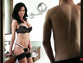 Fabulous brunet milf Veronica Avluv provides young dude with an unforgettable sex