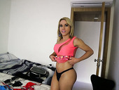 Slutty T-girl Lohanny Brandao is going to the party