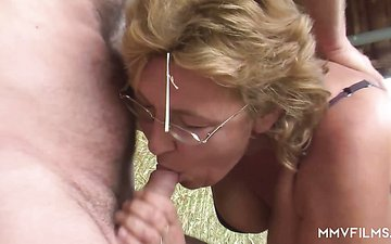 Naughty farmer fucks plump mature whore outdoor