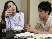 Волосатая японская манда Ан Канох, насаженная на маленький азиатский хуй