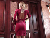 Slim wife Sicilia provides her man with a great blowjob and steamy sex fun