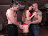 Slim chick Kira Parvati hooks up with two hot blooded guys