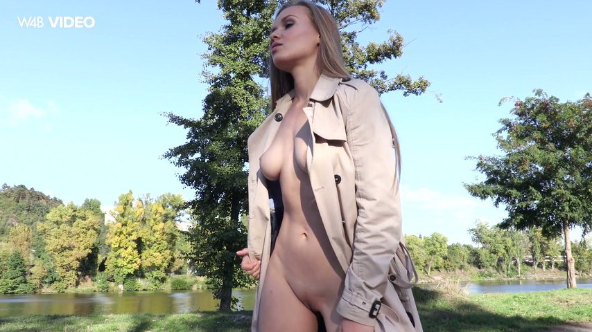 In street babe nude the
