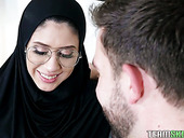 Shy Arab babe wearing hijab Angel Del Rey turned to be anal-insane bitch