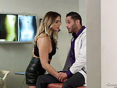 Alluring and sex-appeal hottie Blair Williams seduces her doctor