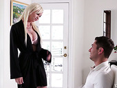 Blondie Astrid Star provides her boyfriend with the best ever sensual blowjob