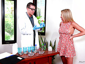 Blond babe Zoey Monroe gives a nuru massage to her well endowed boyfriend