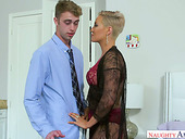 Man eating milf Ryan Keely seduces her stepson and fucks him hard