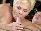 Young student enjoys eating old wrinkled twat of nasty nanny Lili