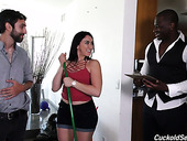 BBC fucks bootyful whore wife Mandy Muse with her husband's permission