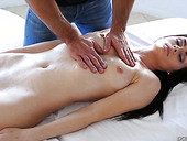 Salacious brunet babe Haven Rae is fucked by hot blooded masseur