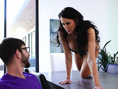 Juggy stepmom Reagan Foxx bangs stepson while husband is on a business trip