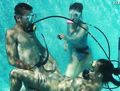 Diving instructor fucks nice babe in scuba Lizzy under the water