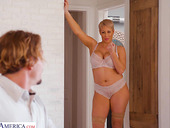 Sexiest cougar Ryan Keely bangs her stepson while husband is on a business trip