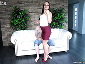Professional porn actress Wendy Moon fucks not professional dude
