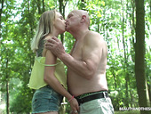 Nympho Lily Ray Gets Intimate With One Old Dude In The Park