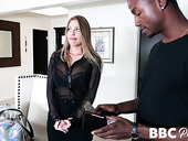 Escort babe Britney Amber knows hot to make that black guy explode with sperm