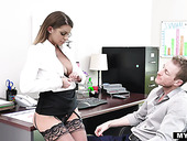 Bossy milf in stockings Brooklyn Chase gets her cunt rammed right on the table