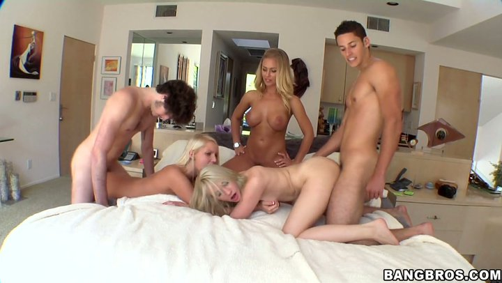 Nicole aniston group sex