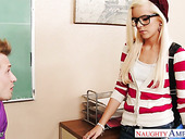 Young handsome teacher fucks skinny nerdy student in glasses Halle Von