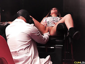 Perverted gynecologist fucks sexy Spanish patient during pussy examination