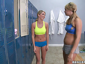 Sporty chick Heather Starlet seduces two other girlies in the shower