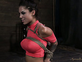 Busty brunette babe Bonnie Rotten has amazing body