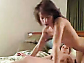Amateur girl moaning hard while getting her pussy fucked