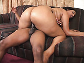 Obese cock rider Cheyanne Foxxx enjyos being fucked doggy on the couch